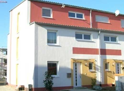 Reihenhaus Trendy bis 163,37 m² Wohnfläche mit modernem Pultdach