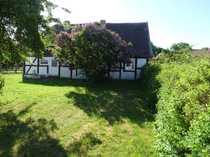 Solides Wohnhaus mit attraktiver Grundstücksgröße