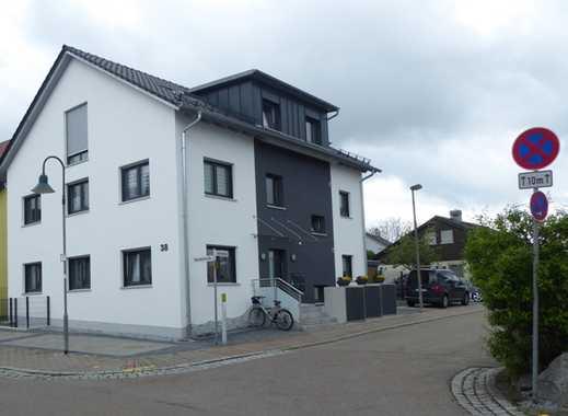 Schöne und helle 3-Zimmer DG-Wohnung in Wäschenbeuren mit Balkon !
