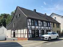 PROVISIONSFREI Wohn- Geschäftshaus mit großem Grundstück