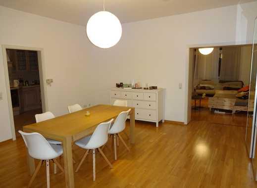 Gepflegte 3-Zimmer-Wohnung mit Balkon und Einbauküche in Düsseldorf Pempelfort (nähe Stadtmitte).