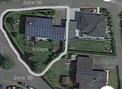 Freistehendes Einfamilienhaus in Ehingen - mit großem Garten, 2 Garagen, 2 Bädern, Einbauküche