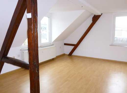 3-Raum Wohnung im ruhiger Zentrumsnaher Lage mit Balkon und Einbauküche