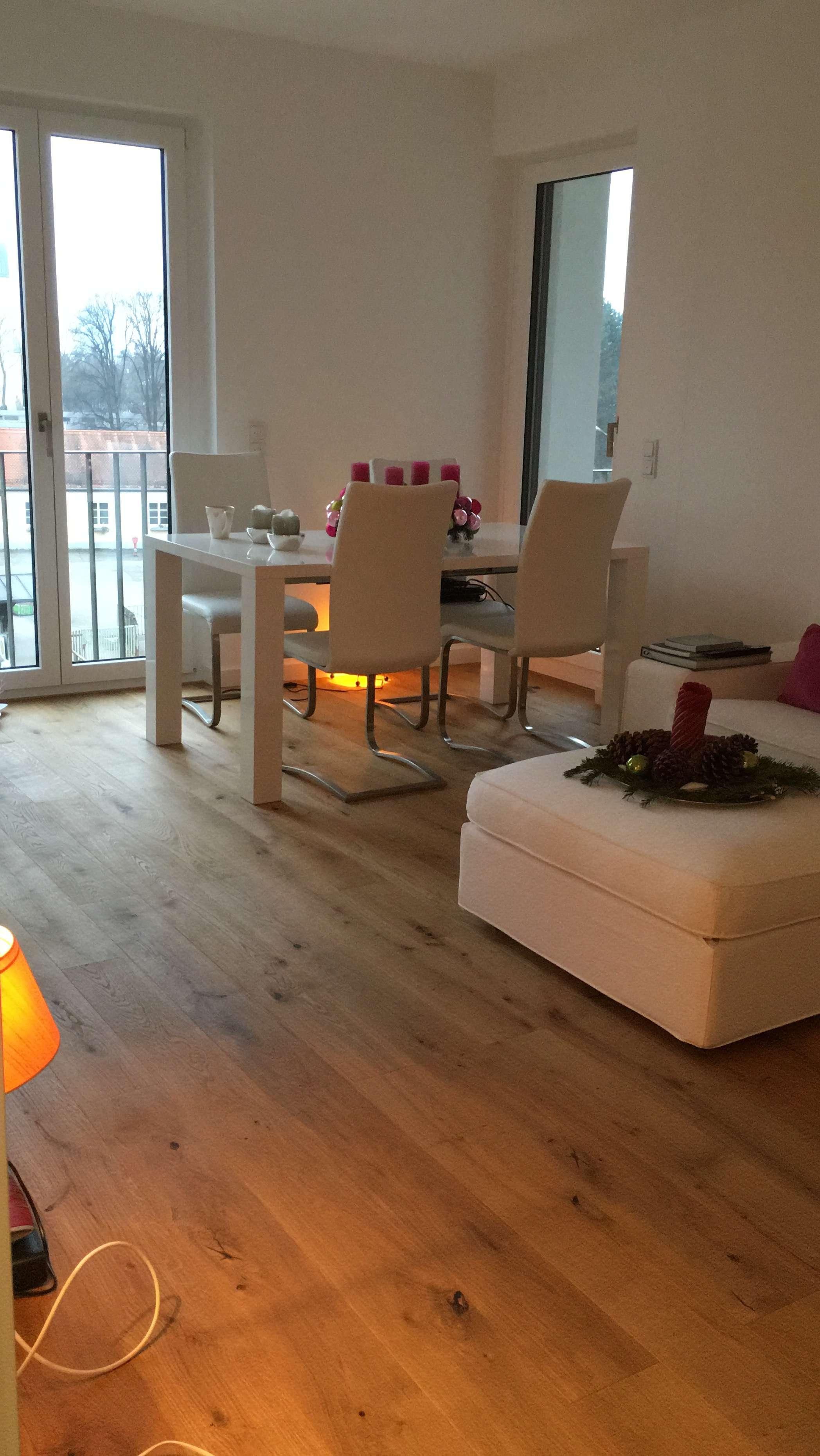 Sehr schöne junge 2 Zimmer Wohnung in einem gepflegtem neuwertigen Mehrfamilienhaus