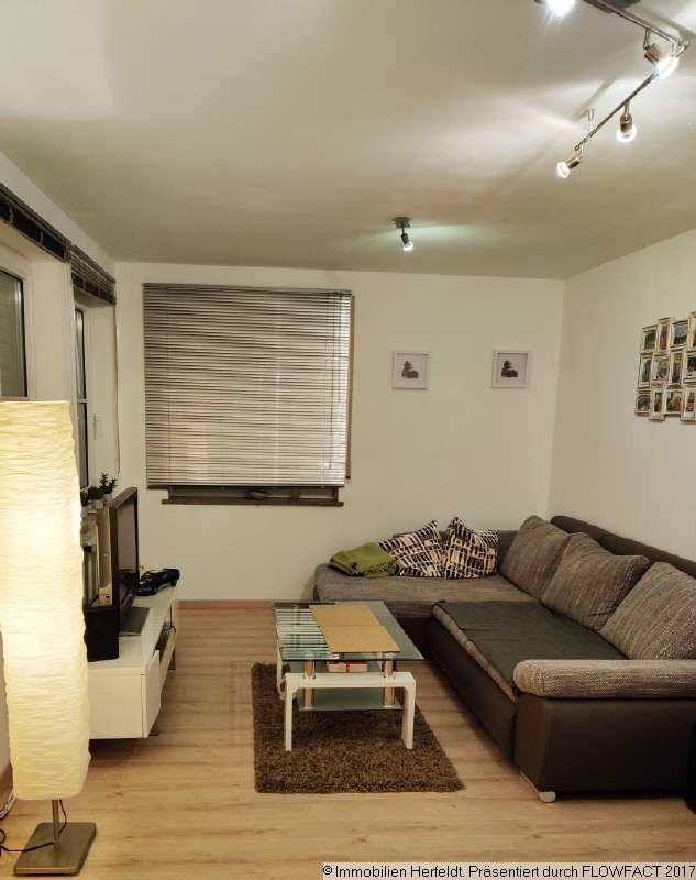 Schicke 2-Zimmer-Wohnung mit EBK + TG-Stellplatz -auf Wunsch möbliert! in Memmingen-Innenstadt