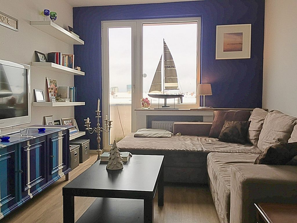Affordable Wohnzimmer With Mini Balkon