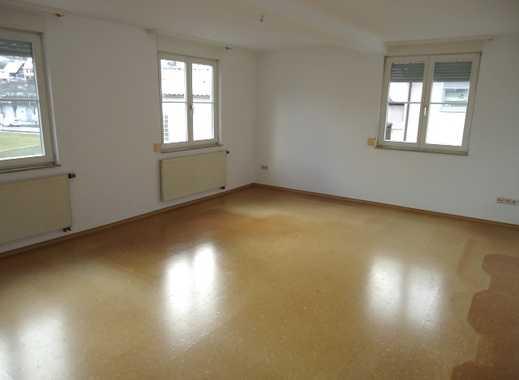 1325 - Gemütliche 3 Zimmer Wohnung in zentraler Lage in Altensteig!
