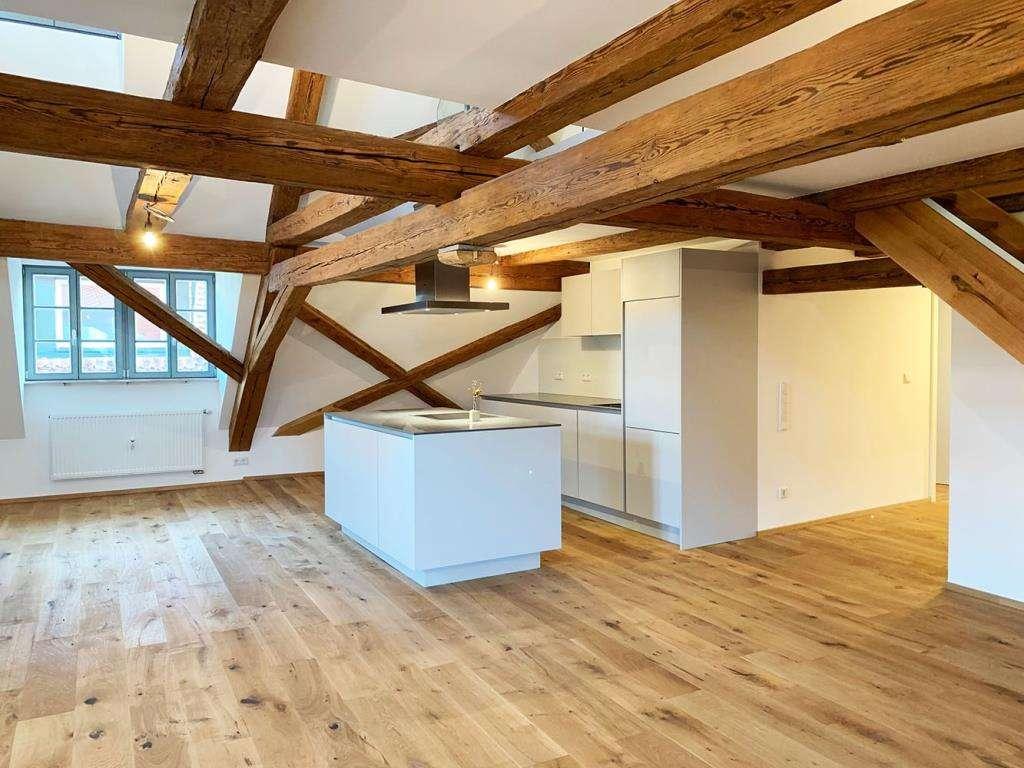 Erstbezug: Einzigartige 4 1/2-Zimmer-Galerie-Wohnung    in Cadolzburg (Fürth)