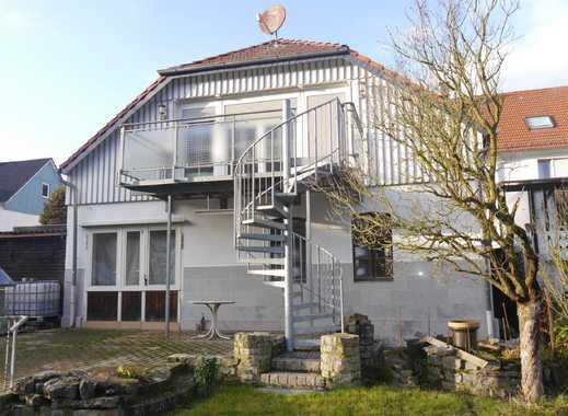Zweifamilienhaus mit großer Werkstatt und separater Wohnung im Hintergebäude