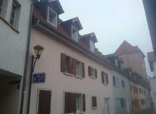 1-Zimmer-DG-Wohnung mit EBK in Worms oder gleich das 3-Familienhaus?