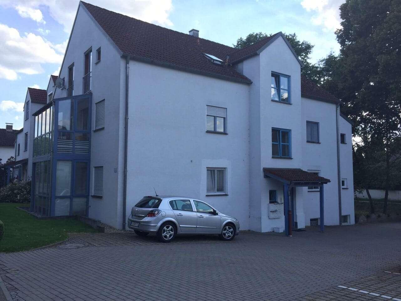 Attraktive 2-Zimmer-Erdgeschosswohnung mit Balkon und EBK in Mainburg