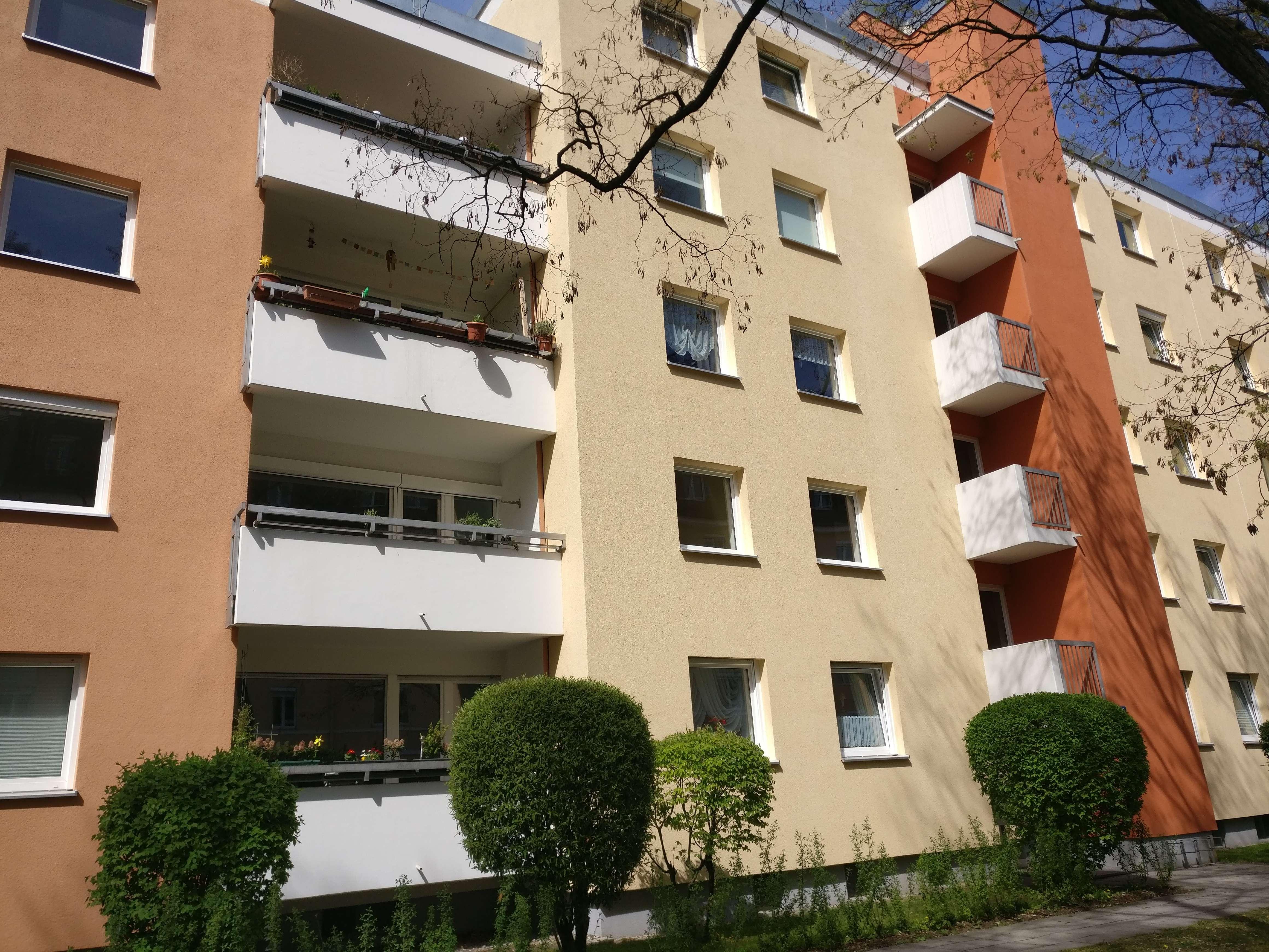 Helle und ruhige 3-Zimmer-Wohnung Nähe Rotkreuzplatz(U1/U7) in Neuhausen in Neuhausen (München)