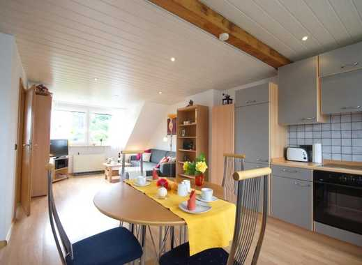 Sehr helle, komplett und ansprechend eingerichtete Wohnung in ruhiger und guter Wohnlage im Südos...