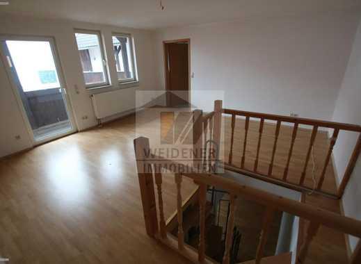 2-Raum Maisonettewohnung mit Balkon! Blick auf Osterburg!
