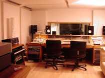 Bild High end Tonstudio mit Wohnung in der Nähe von Hamburg