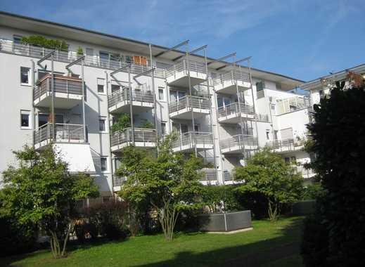 Frankfurt-Niederrad-Am Frauenhoftor, Penthouse mit Blick auf die Skyline