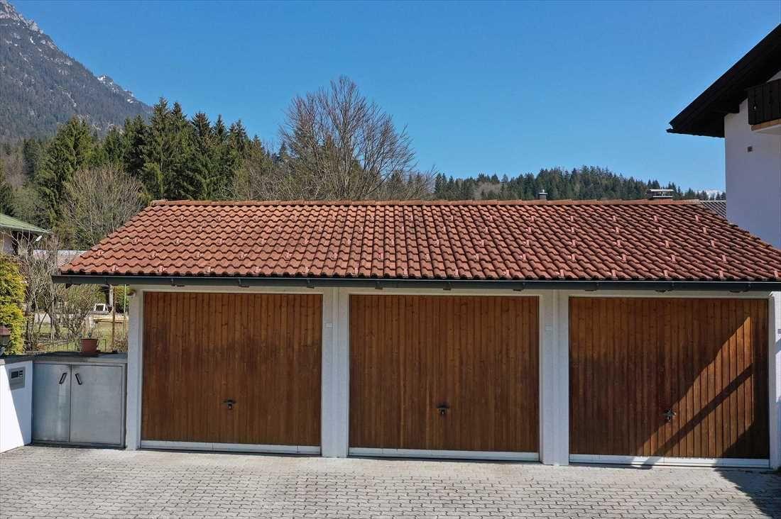 Freistehendes Ein- bis Zweifamilienwohnhaus in Grainaus sonnigster Lage