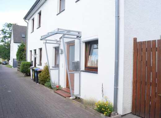 Gepflegte Doppelhaushälfte mit Garage in ruhiger Wohnlage von Oslebshausen!