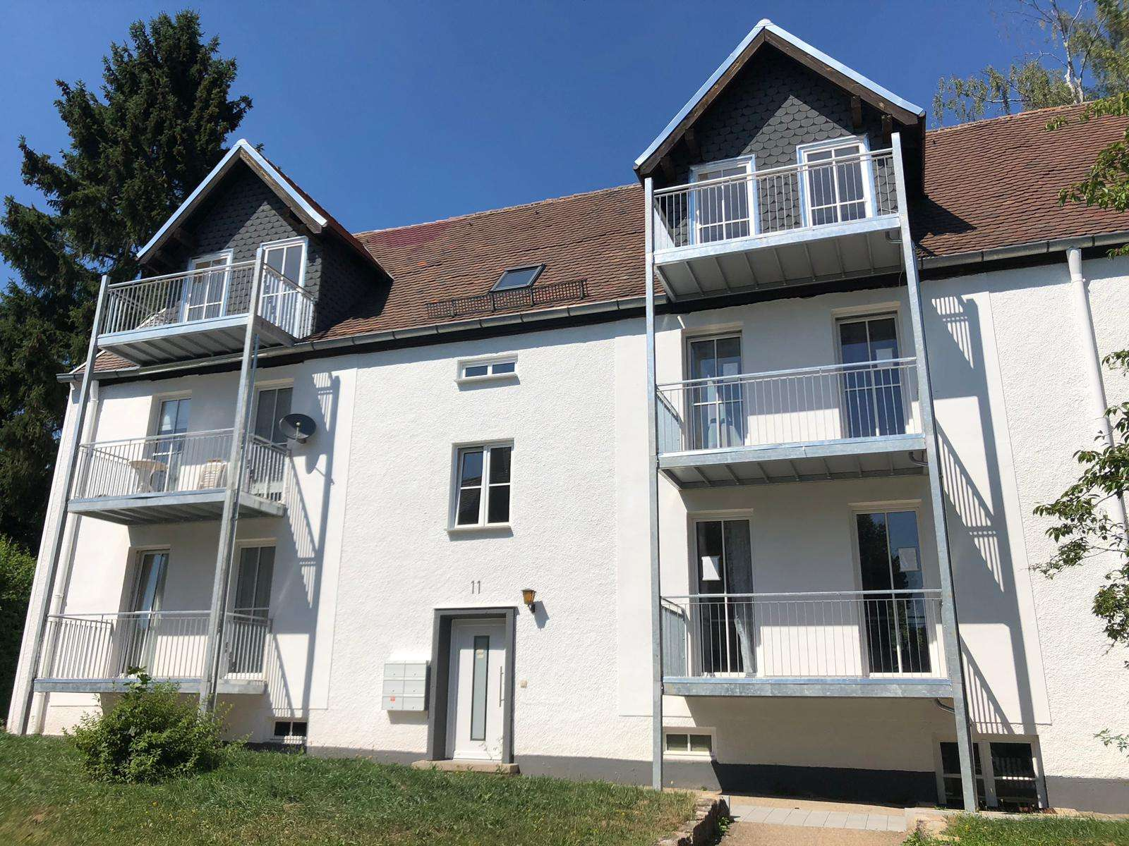 ***2-Zimmer-Wohnung mit Badewanne und Balkon in bester Lage*** in Hennenbach (Ansbach)