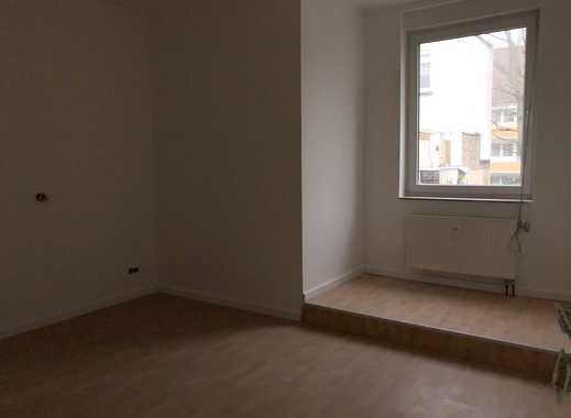 Vollständig renovierte 2-Zimmer-Erdgeschosswohnung