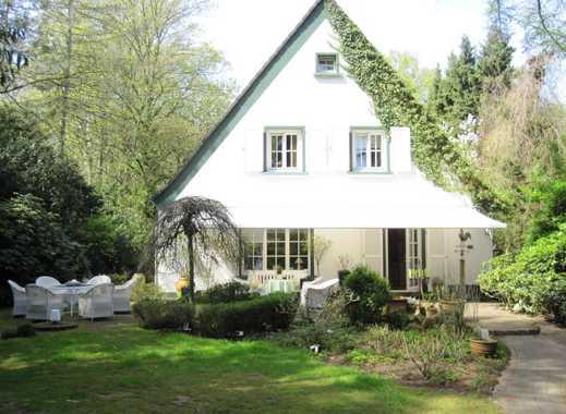 """In Top-Lage ! """"Freistehendes Einfamilienhaus"""" 2650 m² Parkgrundstück, 181 m² Wfl. + Garagenhaus."""