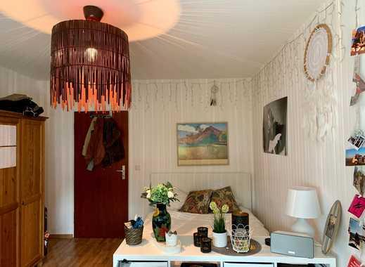 Schönes, möbliertes, 20 qm großes Zimmer in netter 3er WG