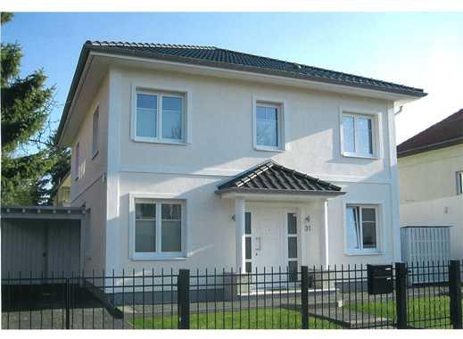 haus kaufen in zehlendorf zehlendorf immobilienscout24. Black Bedroom Furniture Sets. Home Design Ideas