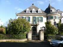 6 Zimmer-Mietwohnung in historischer Villa