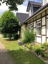 Großzügig ausgebautes Bauernhaus mit 2