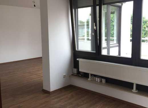MZ - Hechtsheim, 3 Zimmer/Küche, Bad,Gäste-WC, Terrasse/Obergeschoss eines 2 Fam.Hauses