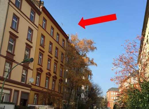 KNOCKING ON HEAVEN´S DOOR: Dachgeschoß-Maisonette zum Selbstausbau