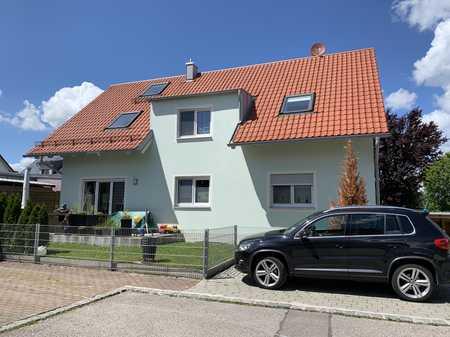 Traumhafte exklusive 4-Zimmer Galerie Wohnung mit Balkon in Eching (Freising)