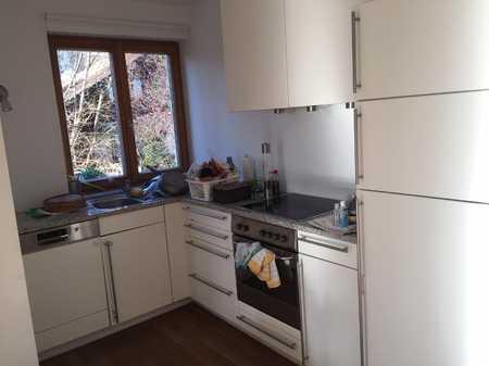 Sehr schöne 3-Zimmer-Maisonette-Wohnung mit Balkon und Einbauküche in Münsing in Münsing