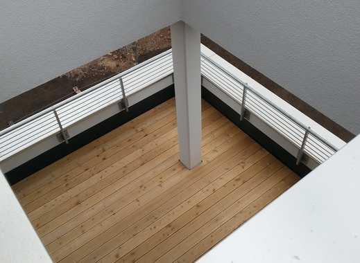 Lichtdurchflutete 4 Zimmer- Wohnung