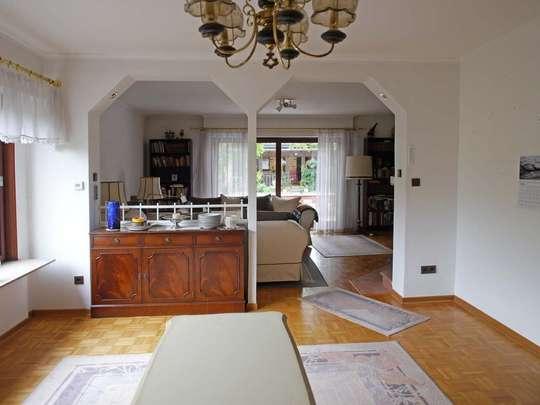 Großzügiges Einfamilienhaus mit angenehmen Extras - Bild 11