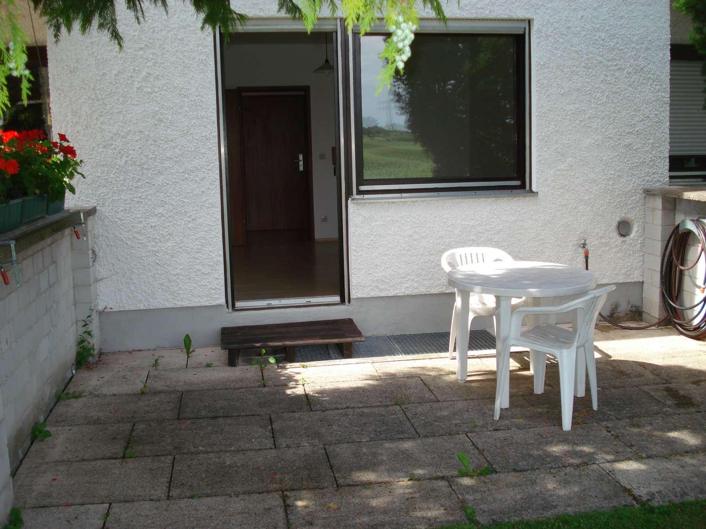 1 Zimmer Appartement mit Terrasse in sonnig ruhiger Lage am Stadtrand in Lechhausen (Augsburg)