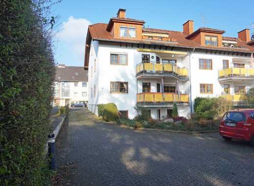 Brühl-Schwadorf: 2-Zimmerw. mit Einbauküche, Terrasse, Stellplatz, Dusche u. Wanne.