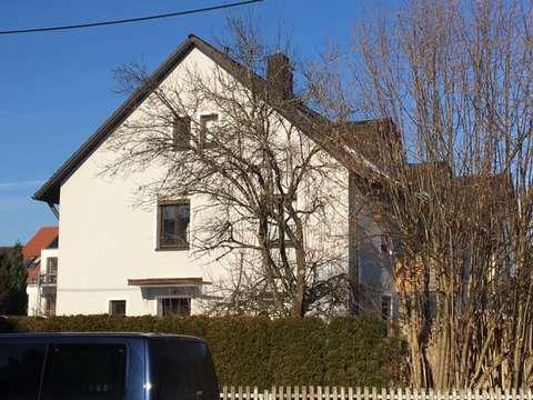 Sehr Schone Helle 5 6 Zimmer Wohnung Mit Balkon Auf 2 Etagen In