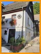 Gemütliches Haus mit Garage Scheune