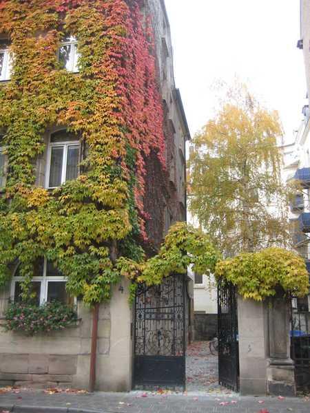 Schöne 4-Zimmerwohnung im Jugendstilhaus in Bärenschanze (Nürnberg)