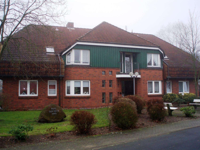 Schöne Rentnerwohnung mit Einbauküche und Terrasse