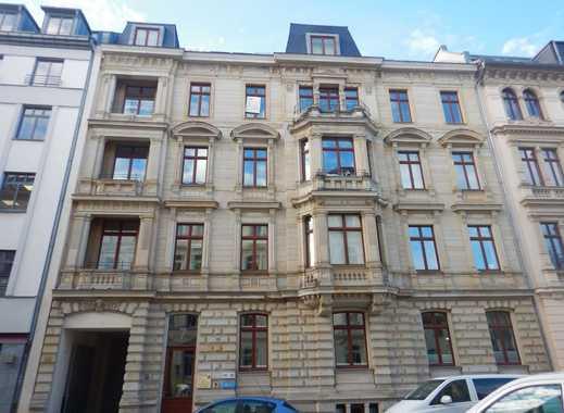 Wohnen im Zentrum von Leipzig! Großzügige Dachgeschoss-Wohnung mit Aufzug!