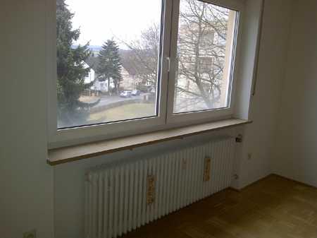 Preiswerte, modernisierte 1,5-Zimmer-Wohnung mit Einbauküche in Bad Steben in Bad Steben