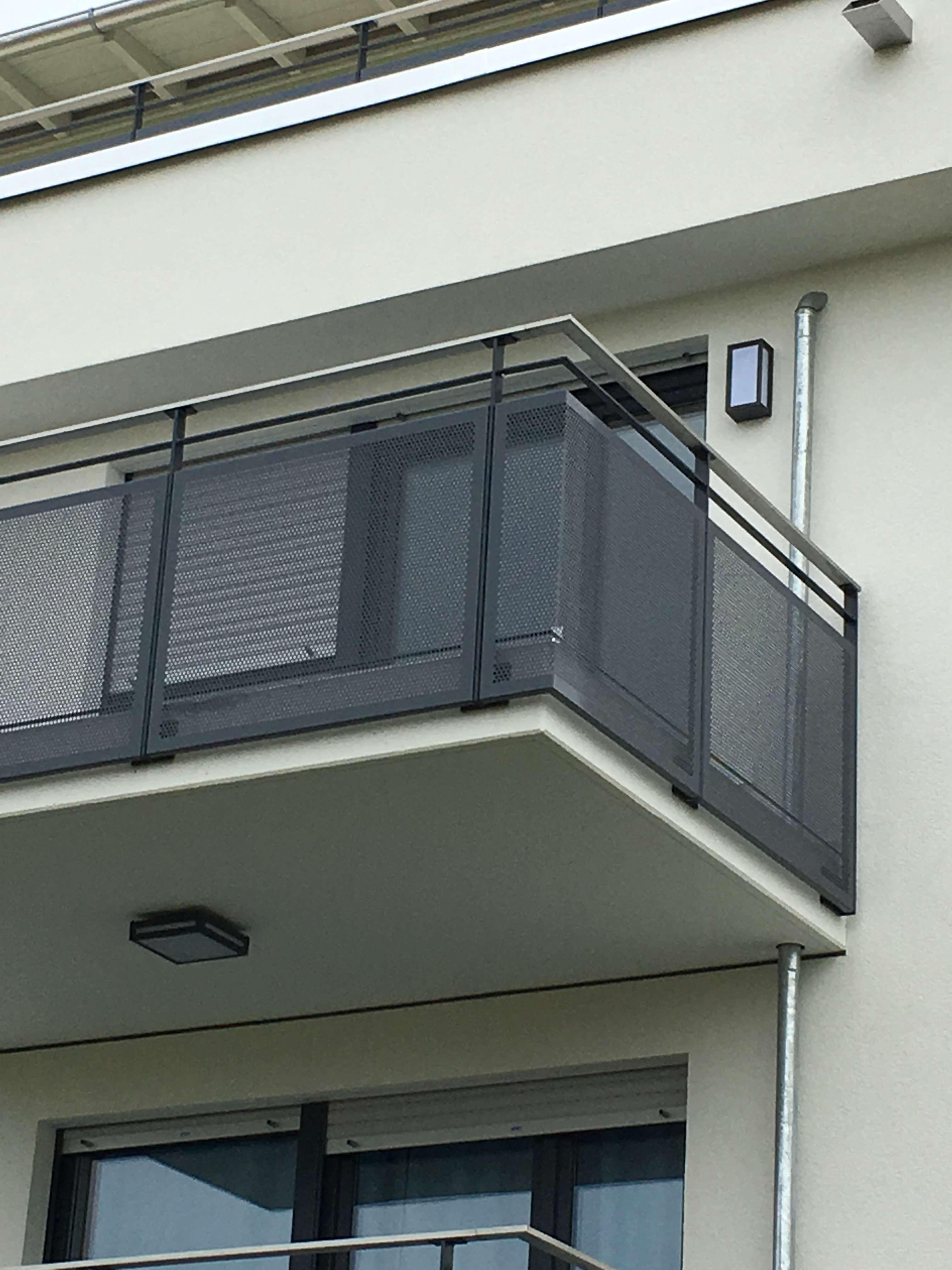 Exklusive, neuwertige 2-Zimmer-Wohnung mit Balkon in Unterhaching