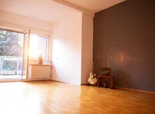 Wunderschöner 112m² Altbau im Vintage Stil - großes, helles Zimmer.
