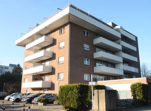 Wunderschöne 4 Zimmer mit großem Balkon und Einbauküche in MG-Venn !!