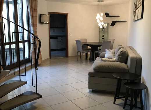 Hochwertige möblierte Maisonette-Wohnung mit Dachterrasse in Neusäß (auf unbefristete Zeit))