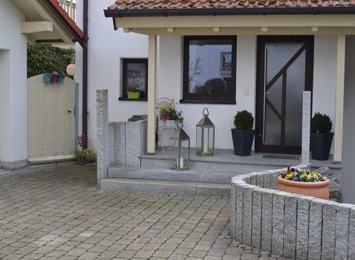 Stilvolle, gepflegte 2-Zimmer-EG-Wohnung mit Terrasse und Einbauküche in Gerblinghausen