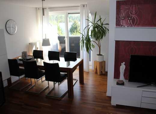 Sonnige Maisonette-3-Zimmer-Wohnung mit Einbau-Küche in RY-Zentrum zu vermieten- Anfragen per e-mail