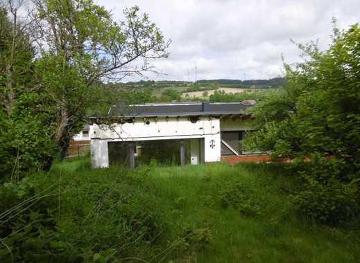 Freistehendes 1 FH / Garten / 3 Garagen / Innenpool / inkl. Fertigstellung der Renovierungen